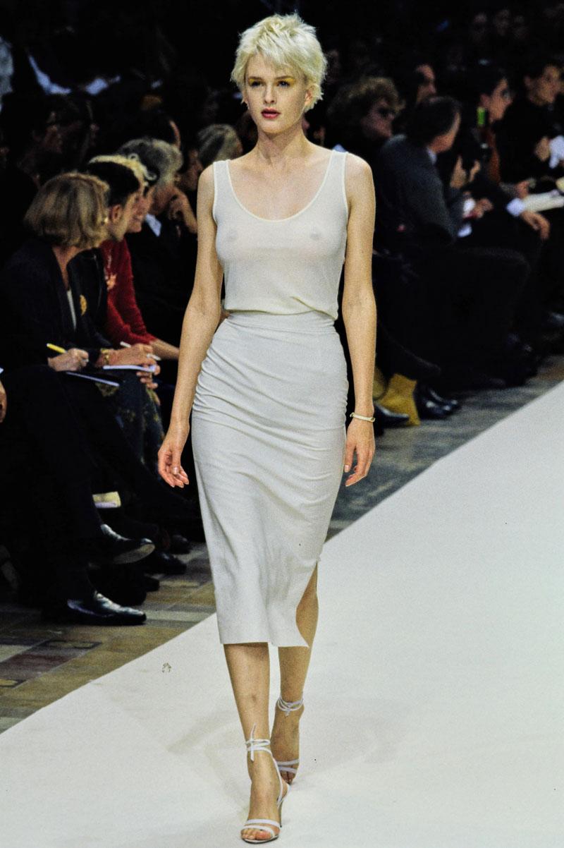 14-cerruti-spring-1997-ready-to-wear-kylie-bax