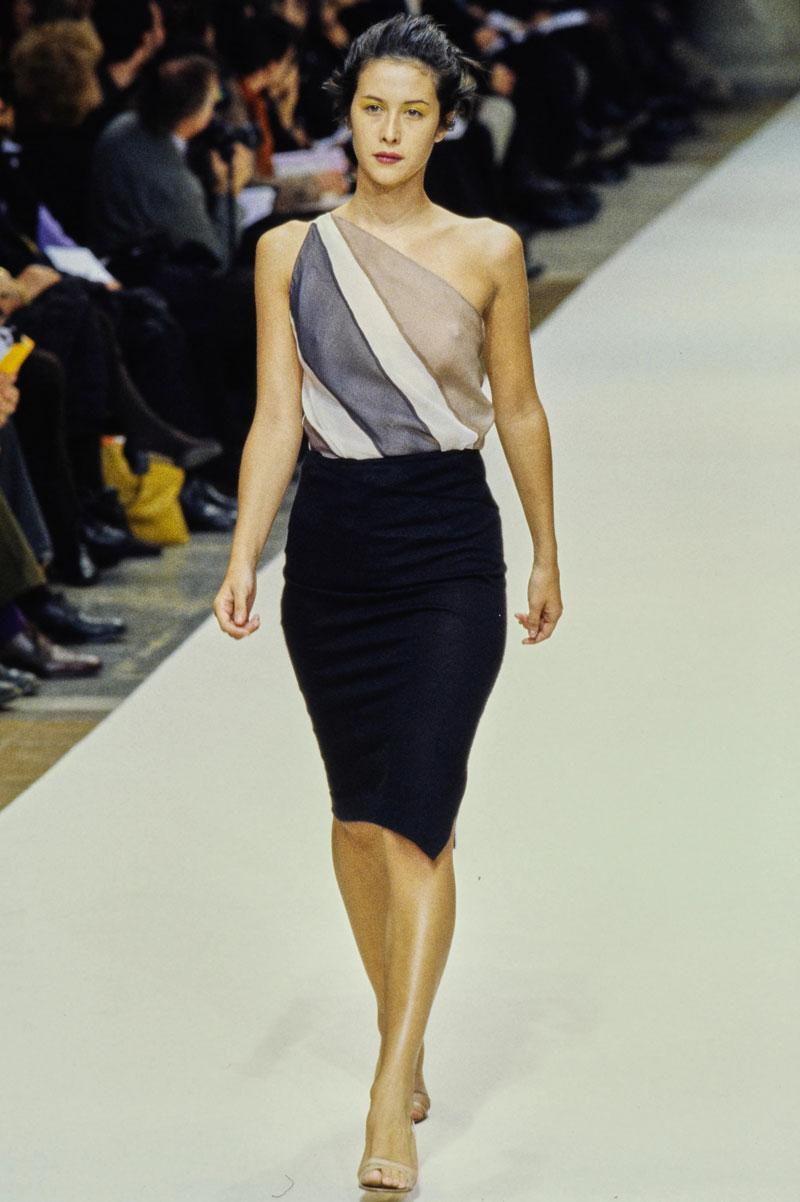 9-cerruti-spring-1997-ready-to-wear-natane-boudreau