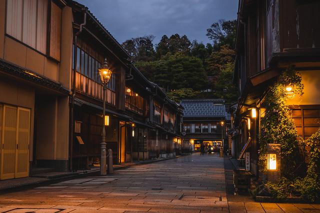 Higashi Chaya at night - Kanazawa, Japan