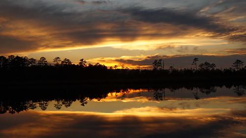 sunsetsandsunrisesgold sunset cloudsstormssunsetssunrises cloudscape creek northcarolina northwestcreek fairfieldharbour sony sonyphotographing sonya58 spectacularsunsetsandsunrises