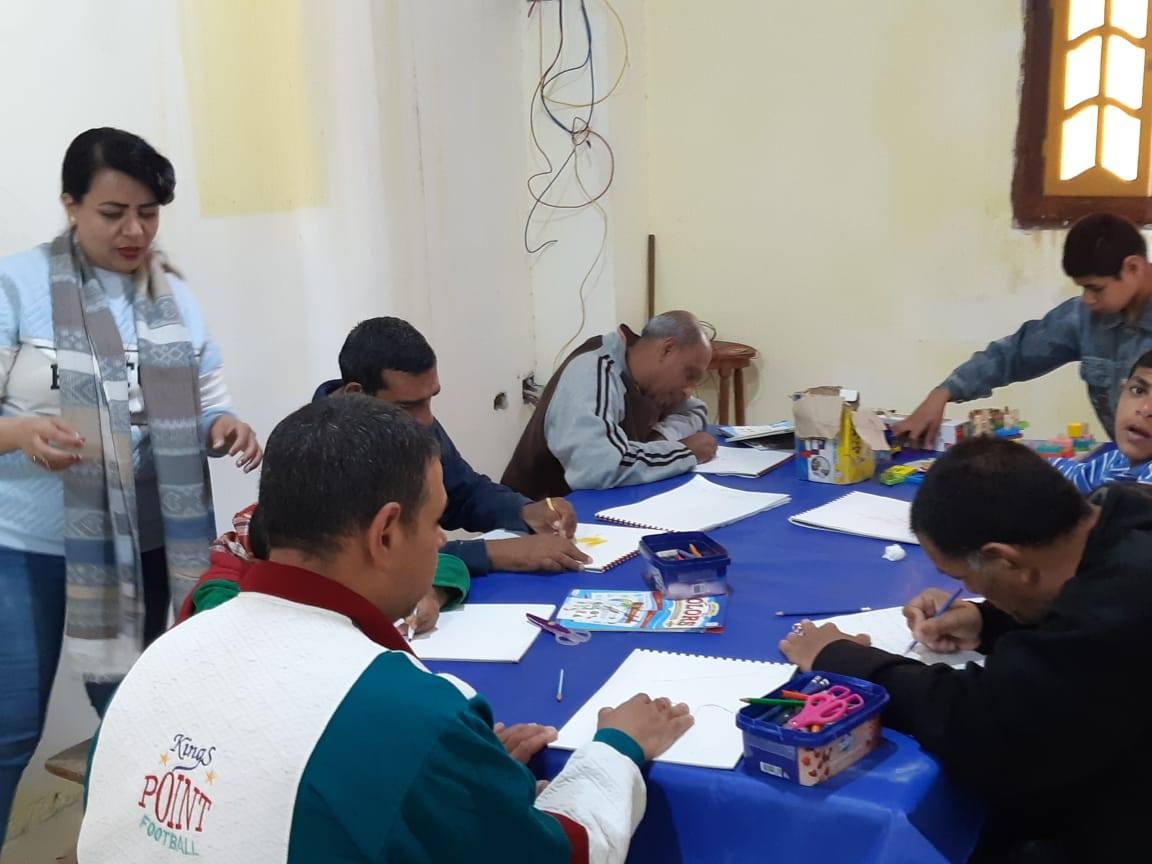 Egipto: Comienzo de la escuela en el Hogar