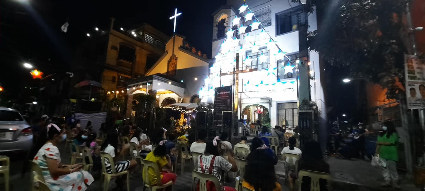 Filipinas: Misa de Navidad en la Parroquia Nuestra Señora de Luján