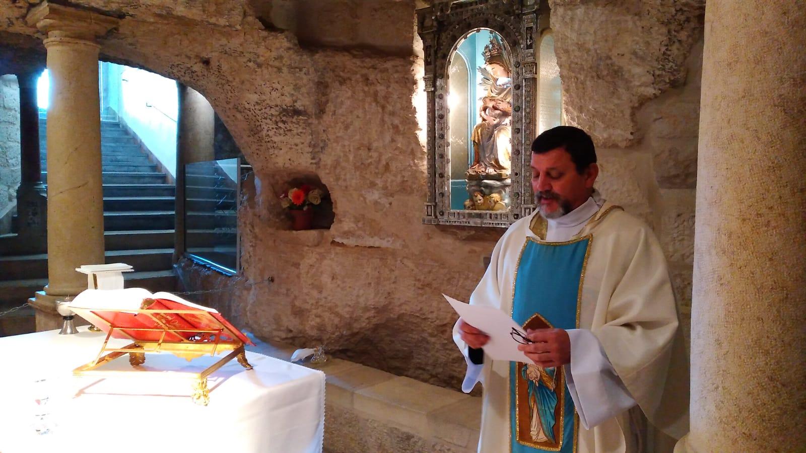Tierra Santa: Consagración de la Provincia a la Virgen