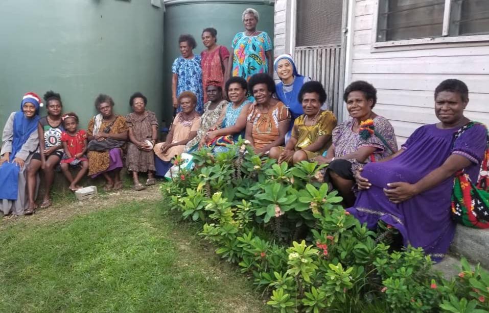 Papúa: Reunión de mamás en el Hogar