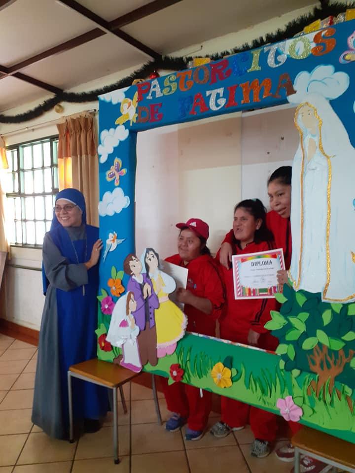 Perú: Fin de año en el Hogar