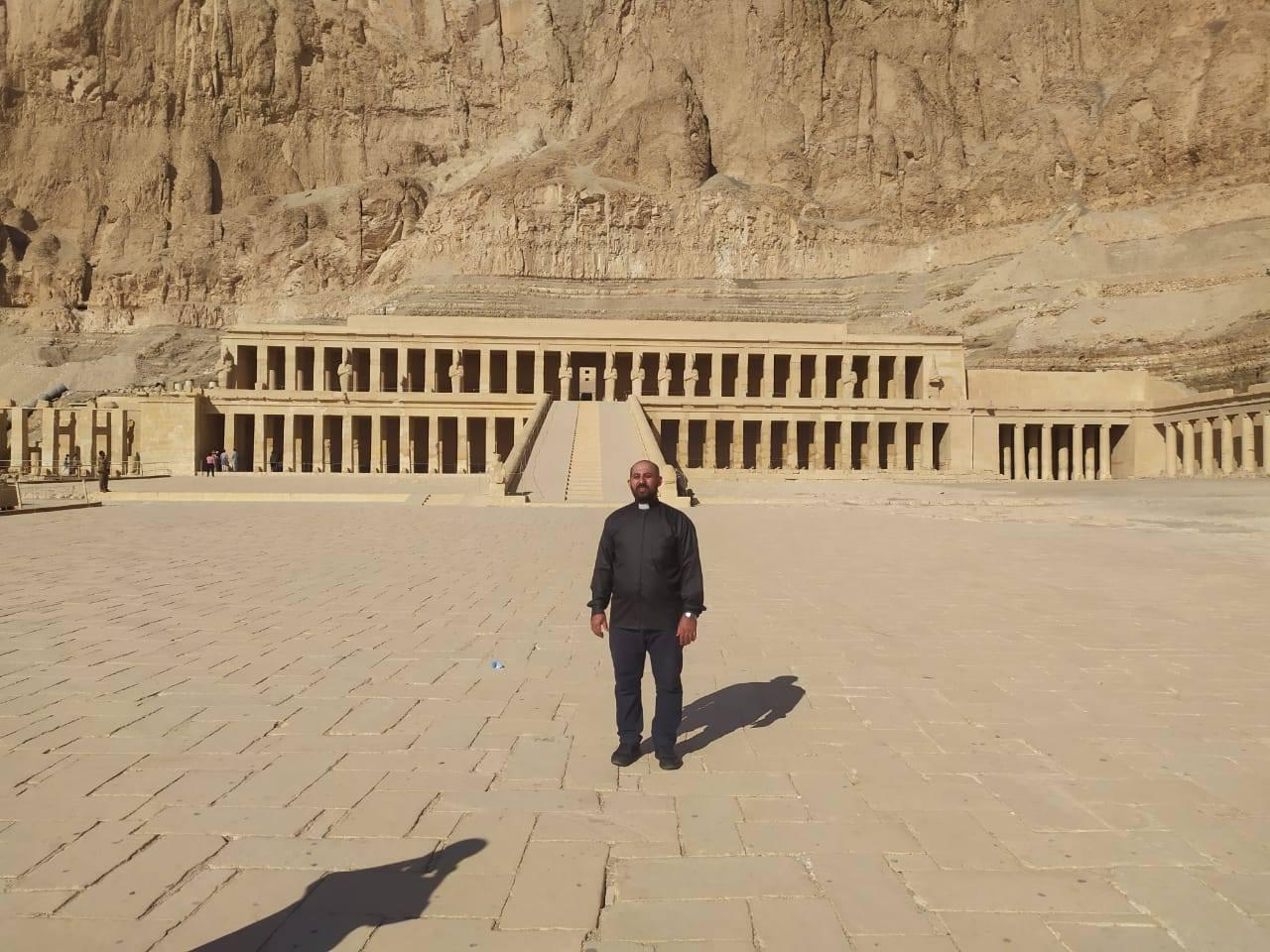 Egipto: Visita del P. Pío a Luxor para la fundación de las Servidoras