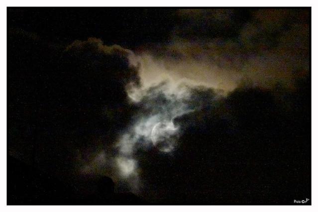 Luna Nuvolosa