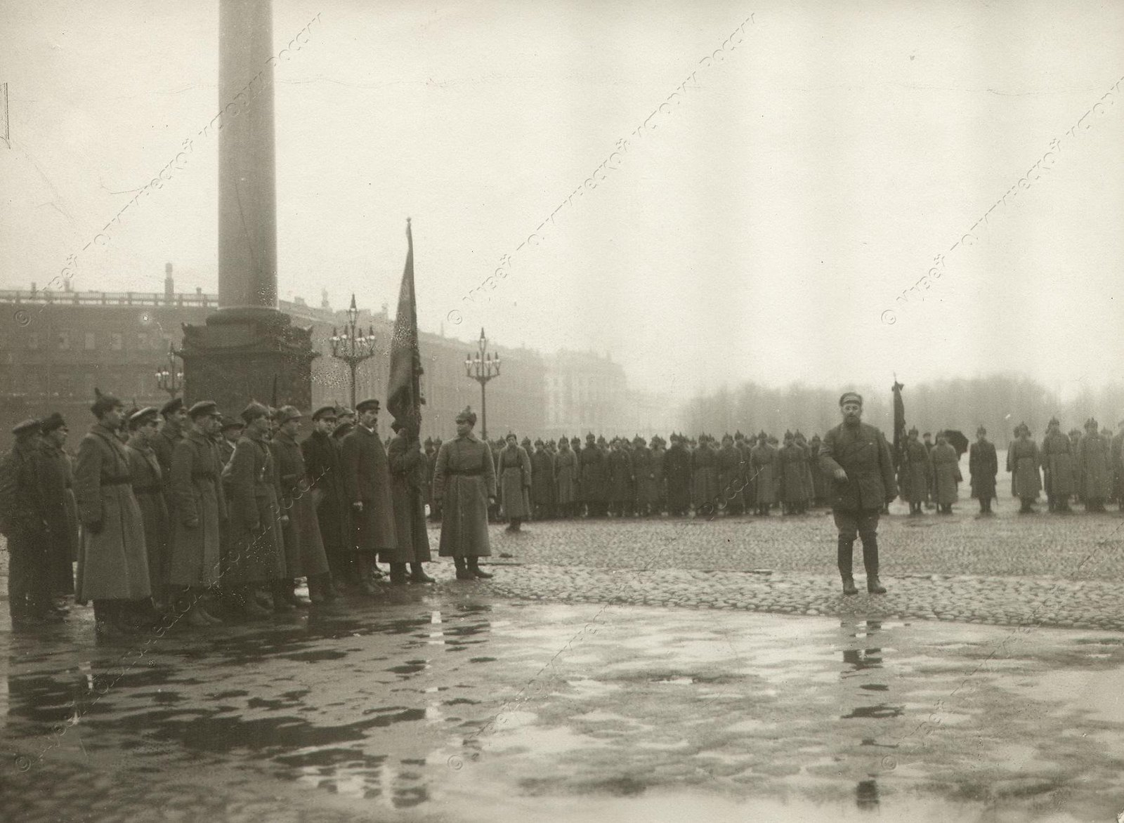 1918. Парад войск Красной Армии на пл.Урицкого. Петроград