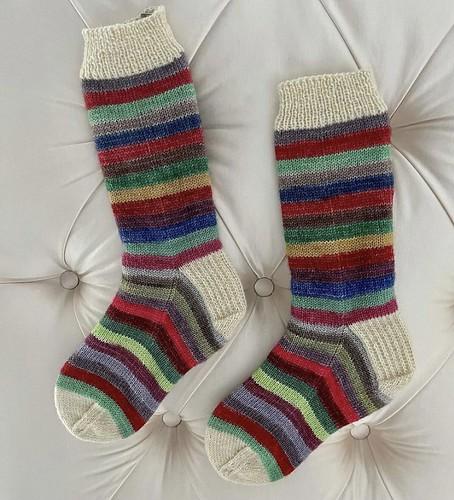 Sonia (@soniabknits) finished these fun vanilla socks!
