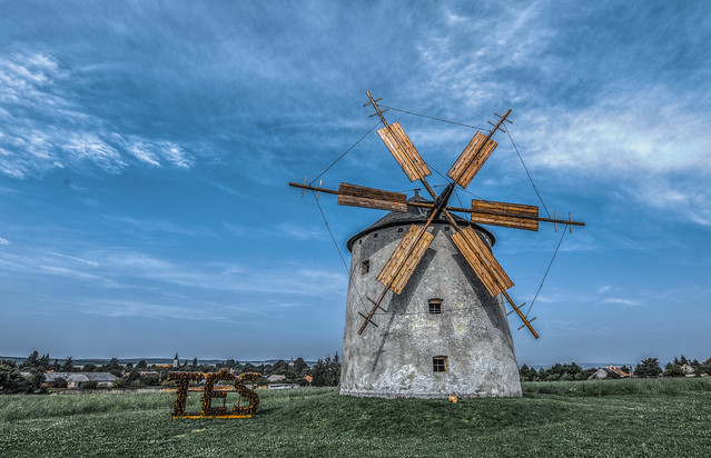 Tés windmill