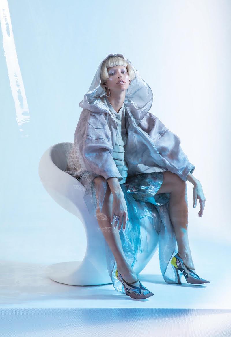 Devon-Windsor-Fashion-Editorial04