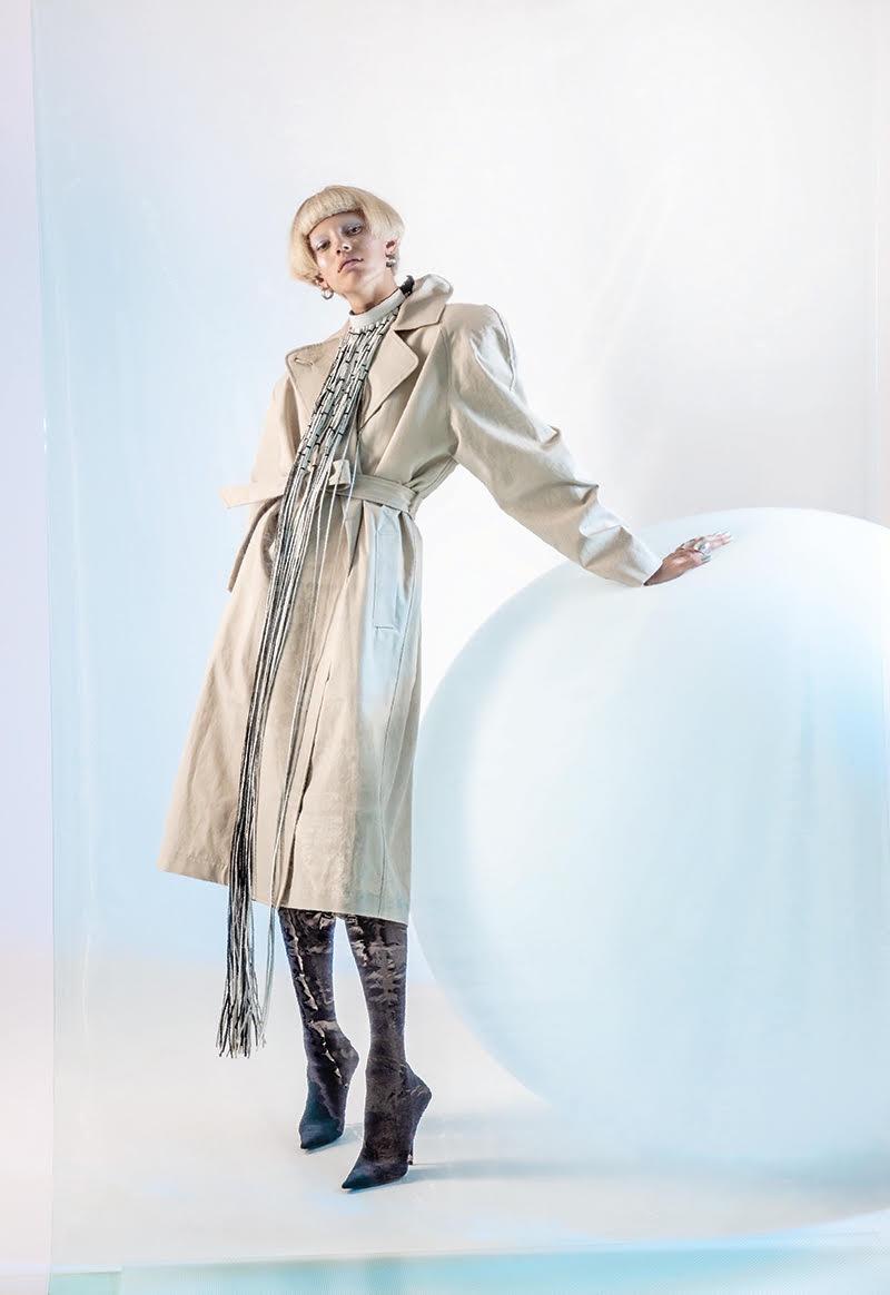 Devon-Windsor-Fashion-Editorial09