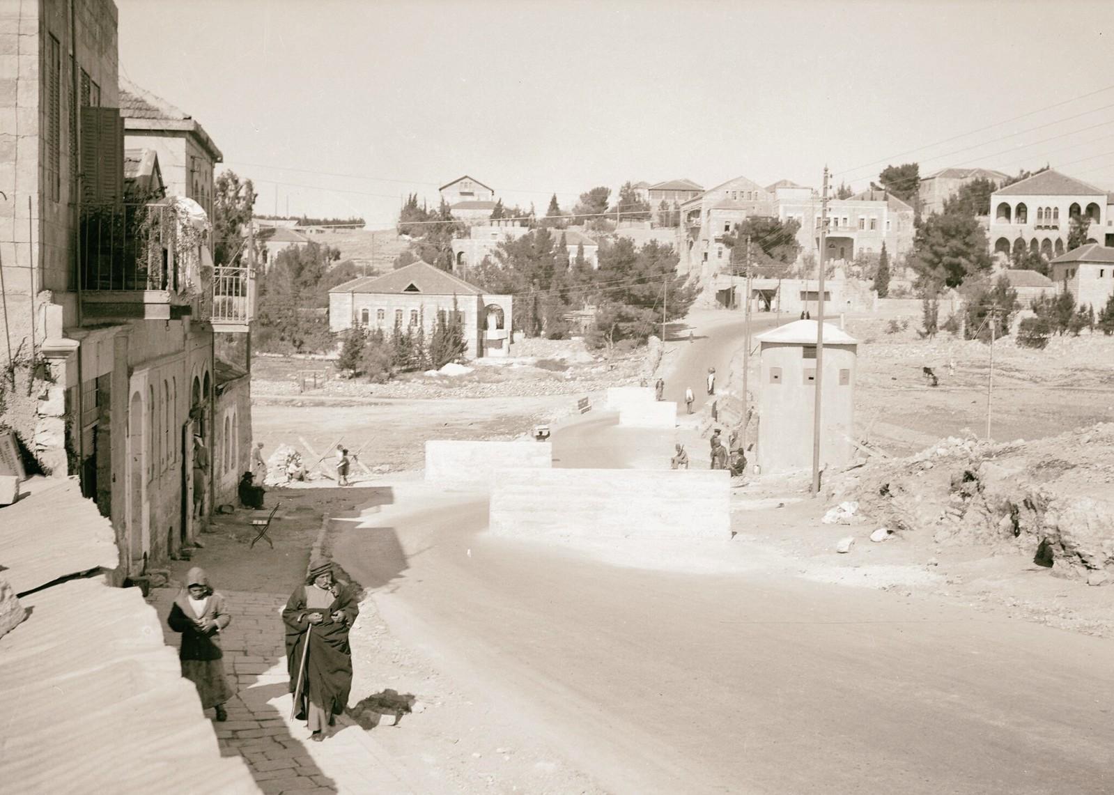 09. 1938. Шхем. Заграждения на шоссе, ведущем в Иерусалим с севера