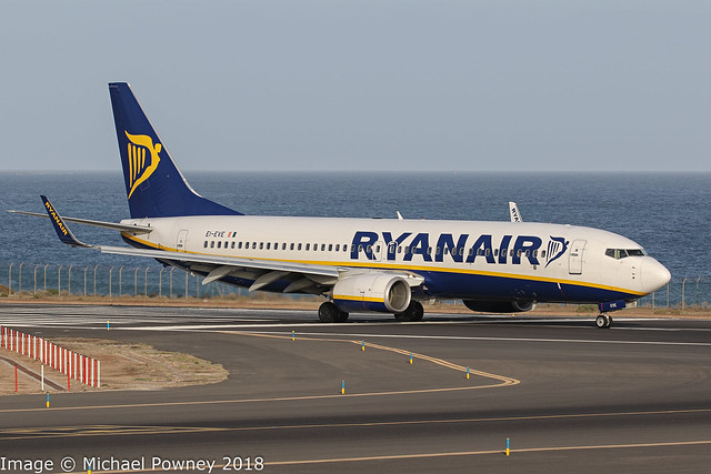 EI-EVE - 2012 build Boeing B737-8AS, vacating Runway 21 on arrival at Arrecife