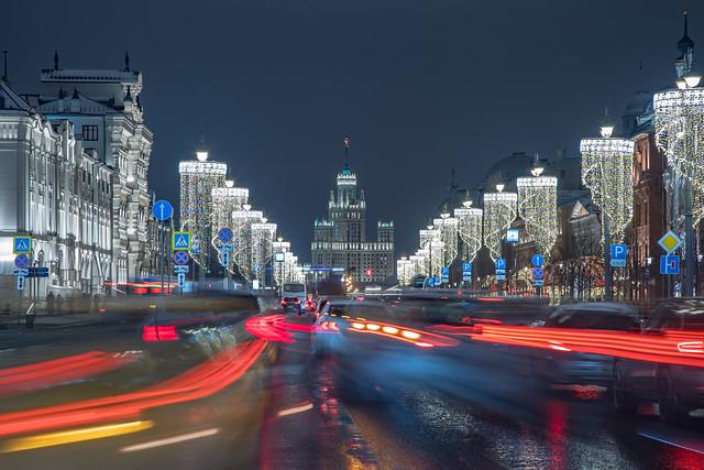 Into the stream. Moscow, Russia, Dec.2020 (0U4A3281)