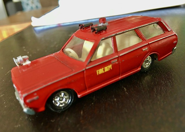 Tomica Fire Chief wagon 1974 classic.