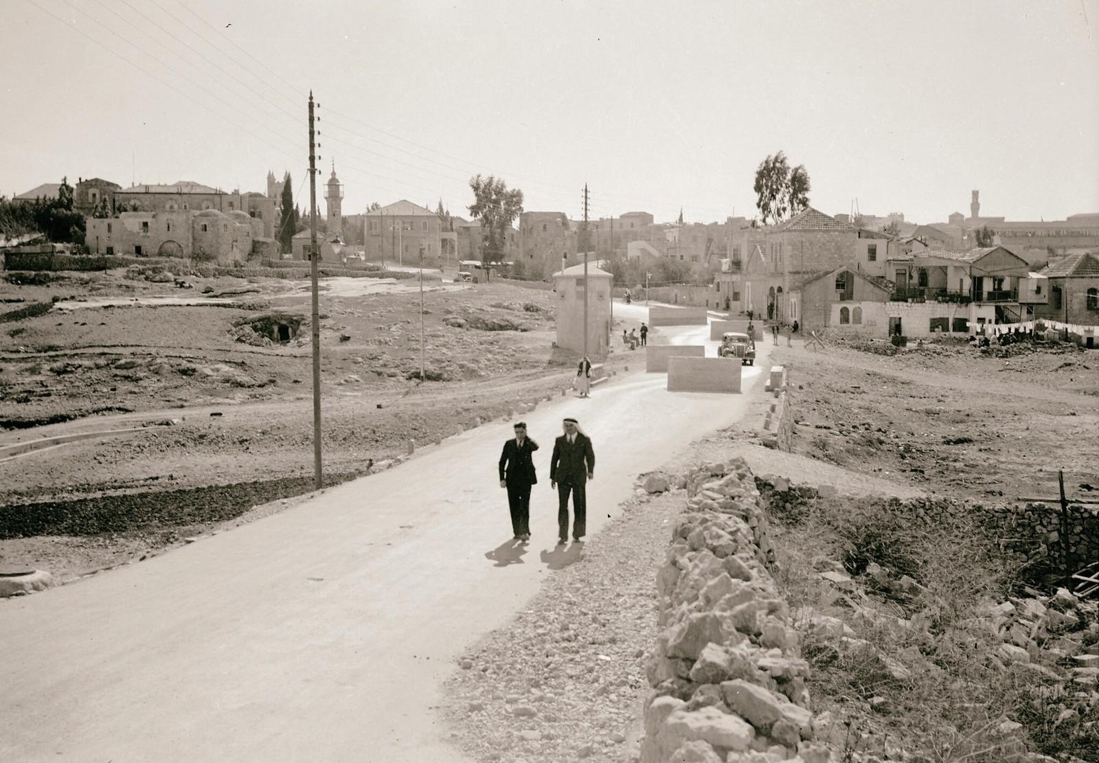 08. 1938. Шхем. Заграждения на шоссе, ведущем в Иерусалим с севера