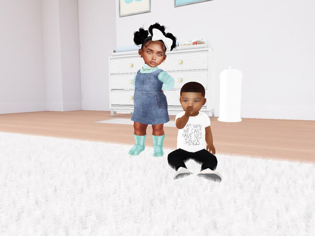 My two favorite babies in SL <3