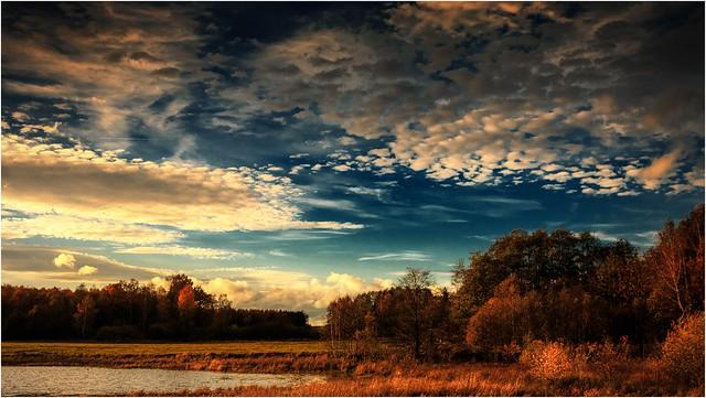 Herbstlicher Himmel