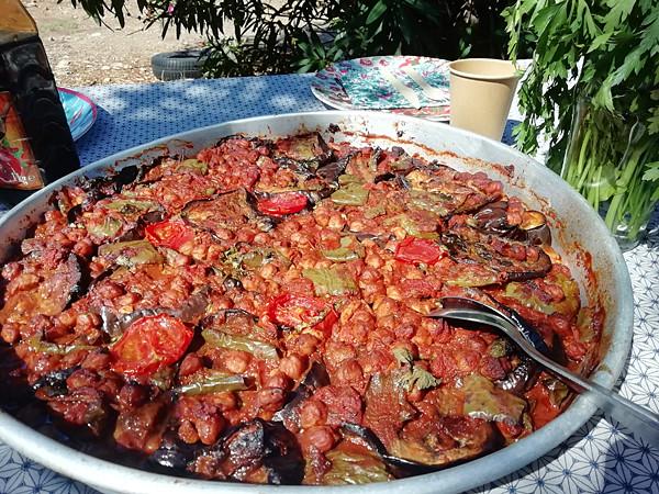 pois chiches et légumes rôtis