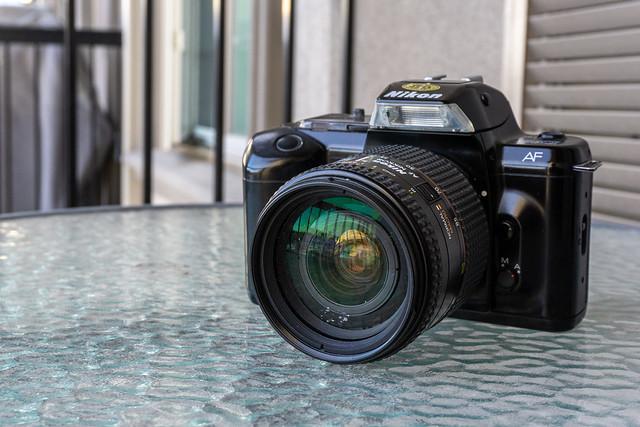 Camera Review Blog No. 132 - Nikon F-401/N4004