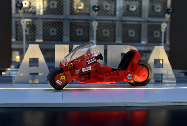 Lego AKIRA Kaneda Bike - atana studio