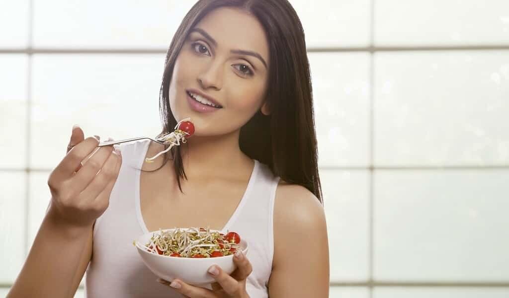 des-aliments-malsains-contrecarrent-un-régime-sain