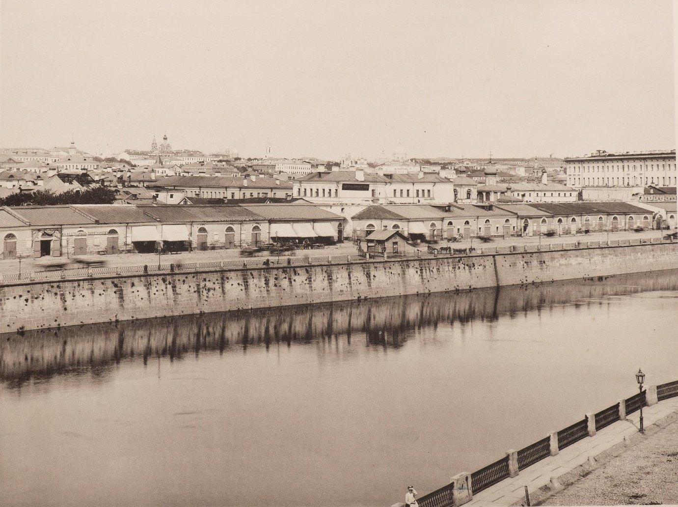 Вид Китай-города и Москворецкой набережной из Замоскворечья. 1888