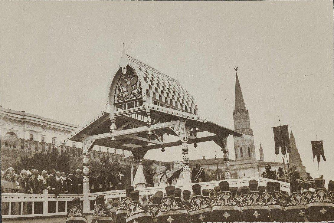 Бородинские торжества. Чтение манифеста на Красной площади. Неизвестный фотограф. 1912