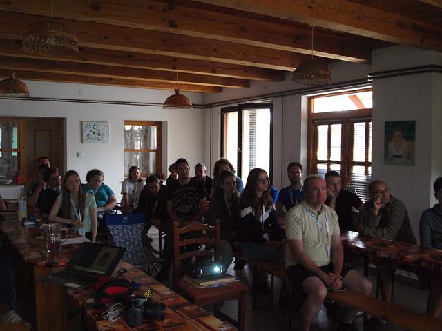 VCSE - Csillagászati ismeretterjesztő előadásokat is hallgattunk napközben - Fotó: Csizmadia Szilárd