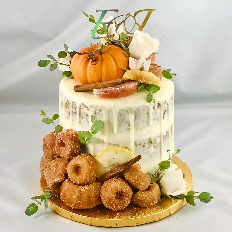 Cake by Tina Bakes N Stuff