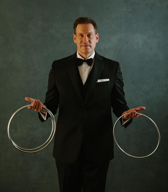 Mild Mannered Man of Mystery brianrobertsmagic.com