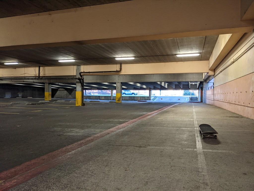 Covered skate spot