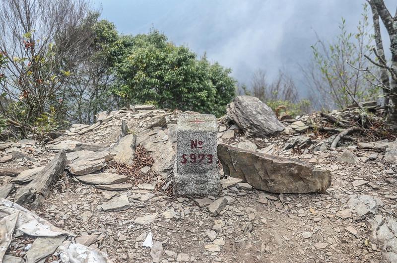 卡社山三等三角點(# 5973 Elev. 1481 m) (5)