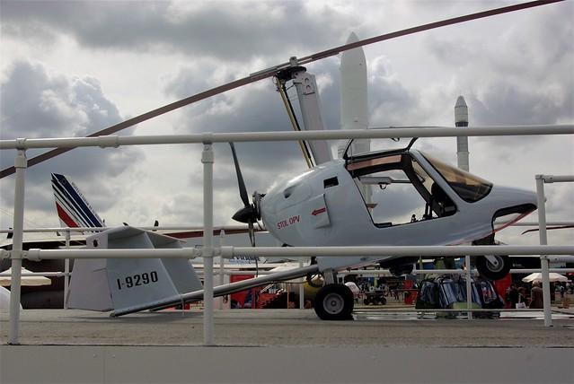 I-9290 - Celier Aviation Xenon    Paris LBG