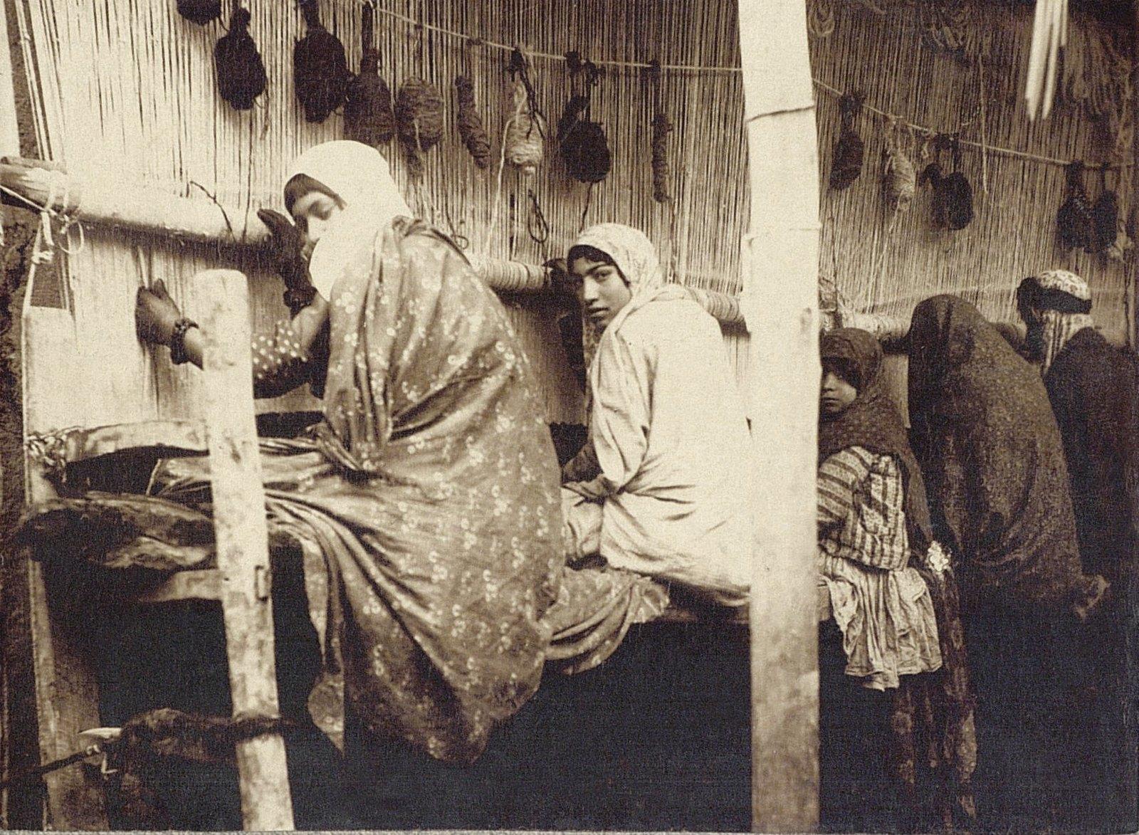 Ковровая мастерская