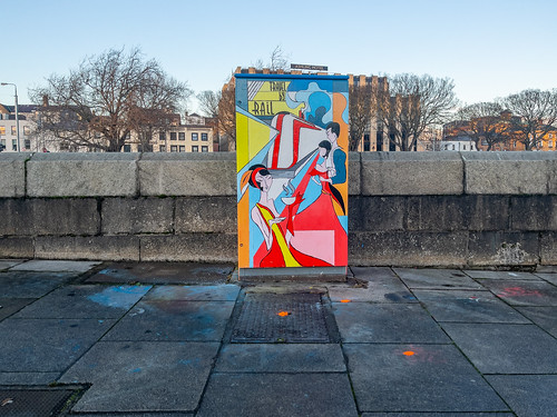 PAINT-A-BOX STREET ART NEAR HEUSTON STATION [VICTORIA QUAY]-169617 | by infomatique