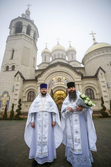 10 января 2021, Митрополит Кирилл совершил Литургию во Владимирском соборе Ставрополя