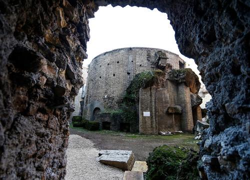 ROMA ARCHEOLOGICA & RESTAURO ARCHITETTURA 2021. Mausoleo di Augusto: all'apertura Raggi inviti anche Rutelli, Alemanno, Marino. Affaritaliani (05/01/2021). Foto: Porry Pastore, Roma (03/02/1920). S.v., V. Raggi / Fb (18/12/2020) & C.D.S., (18/12/2020).