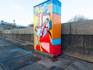 PAINT-A-BOX STREET ART NEAR HEUSTON STATION [VICTORIA QUAY]-169615 | by infomatique