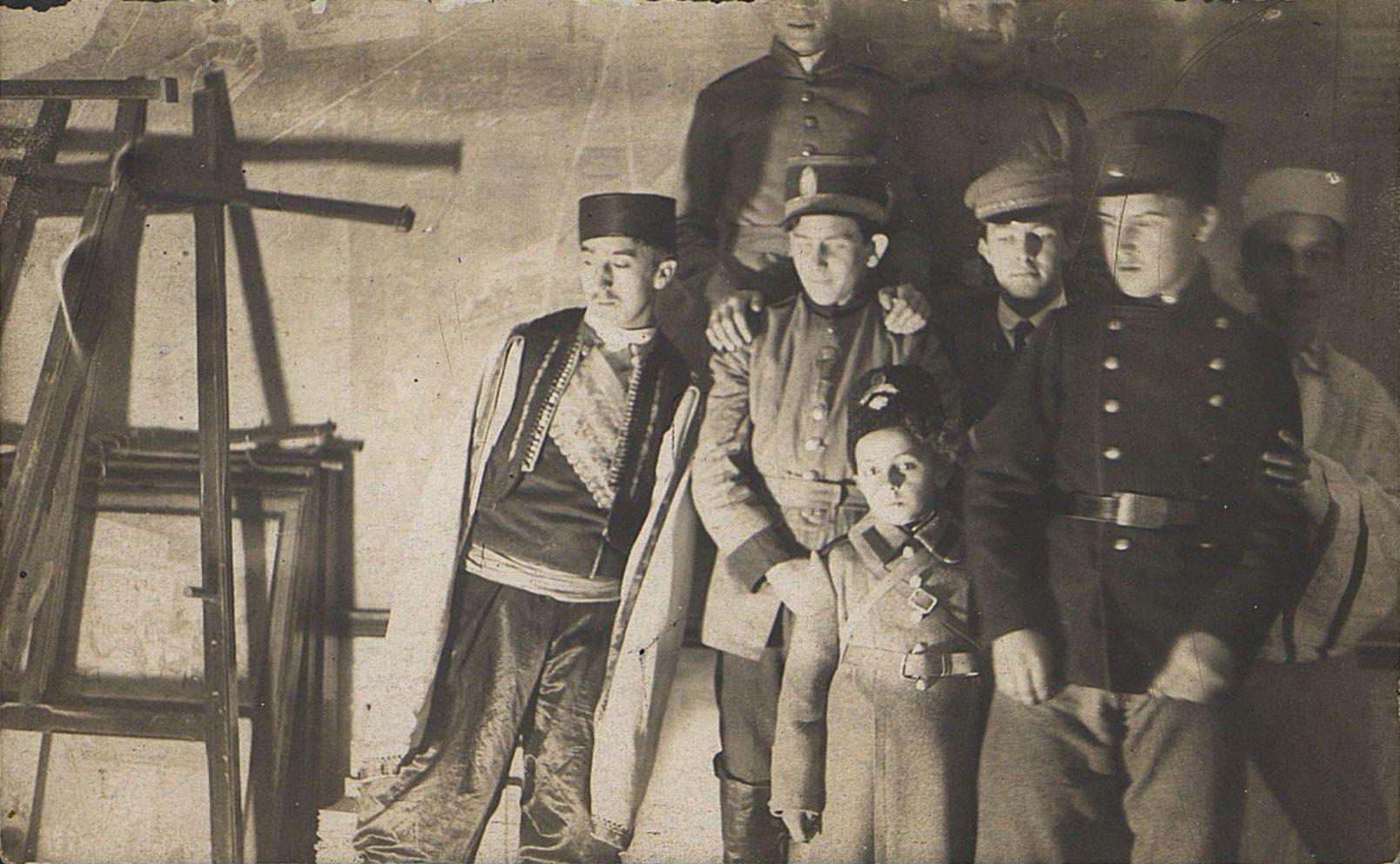 Ученики Третьей одесской городской гимназии на костюмированном вечере.  1915