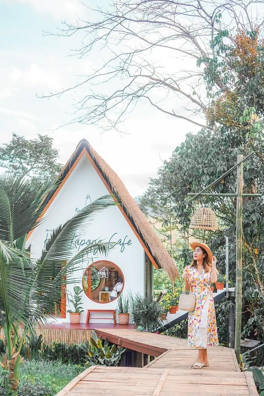 Hug Kapong Cafe