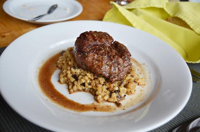 Steak and quinoa, Chile
