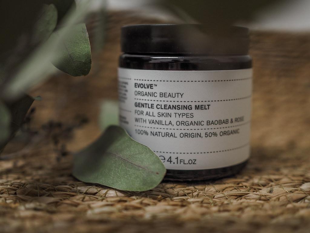 Evolve gentle cleansing melt puhdistusbalm