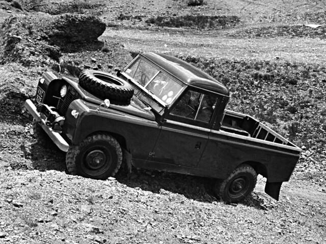 land_rover_series_ii_109_pickup_1