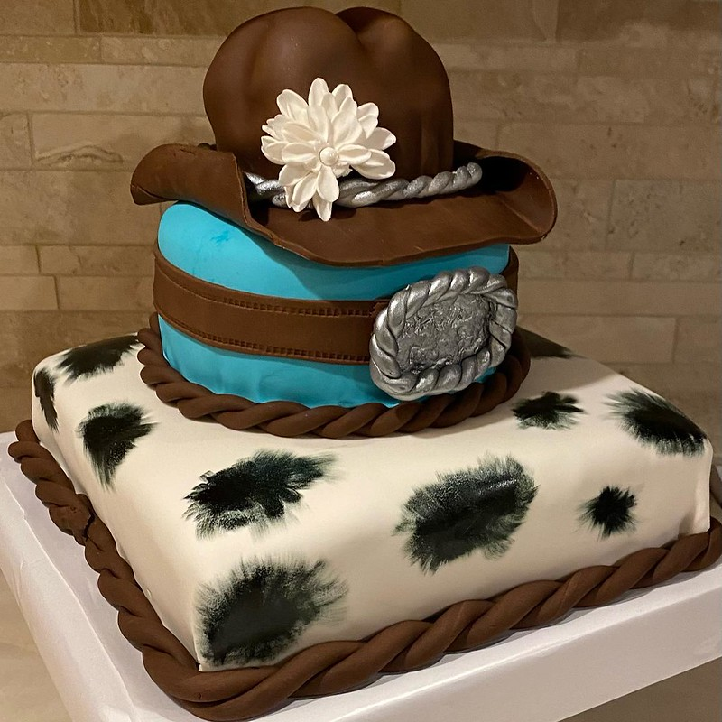 Cake by Kamster's Kupcakes