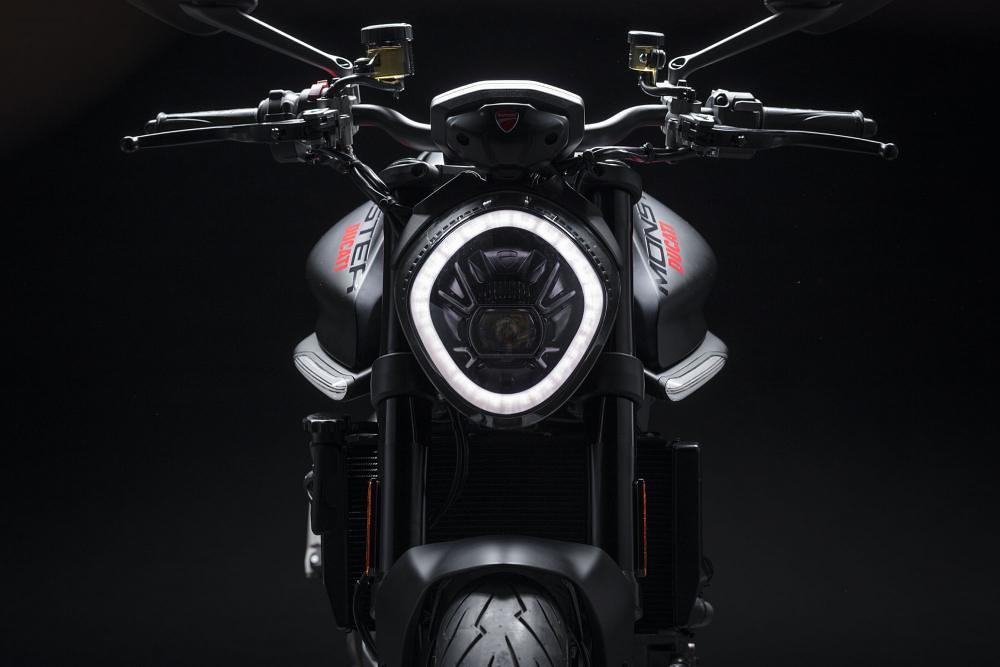 Ducati Monster 2021 HL