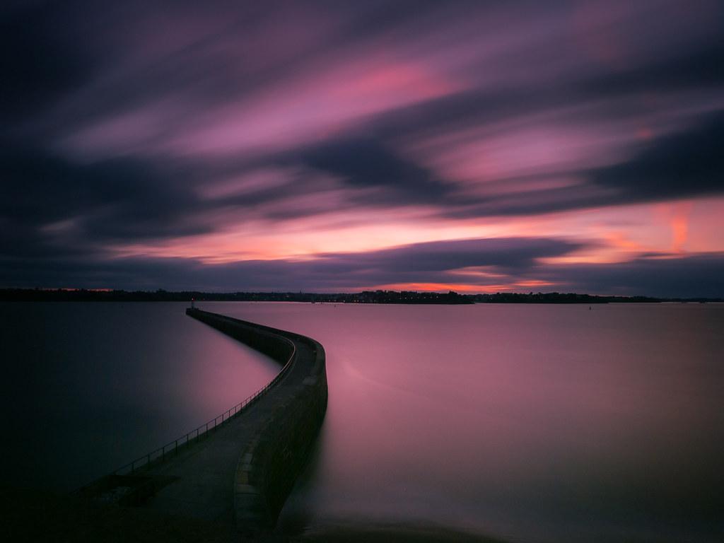 Crépuscule sur la jetée de Saint-Malo