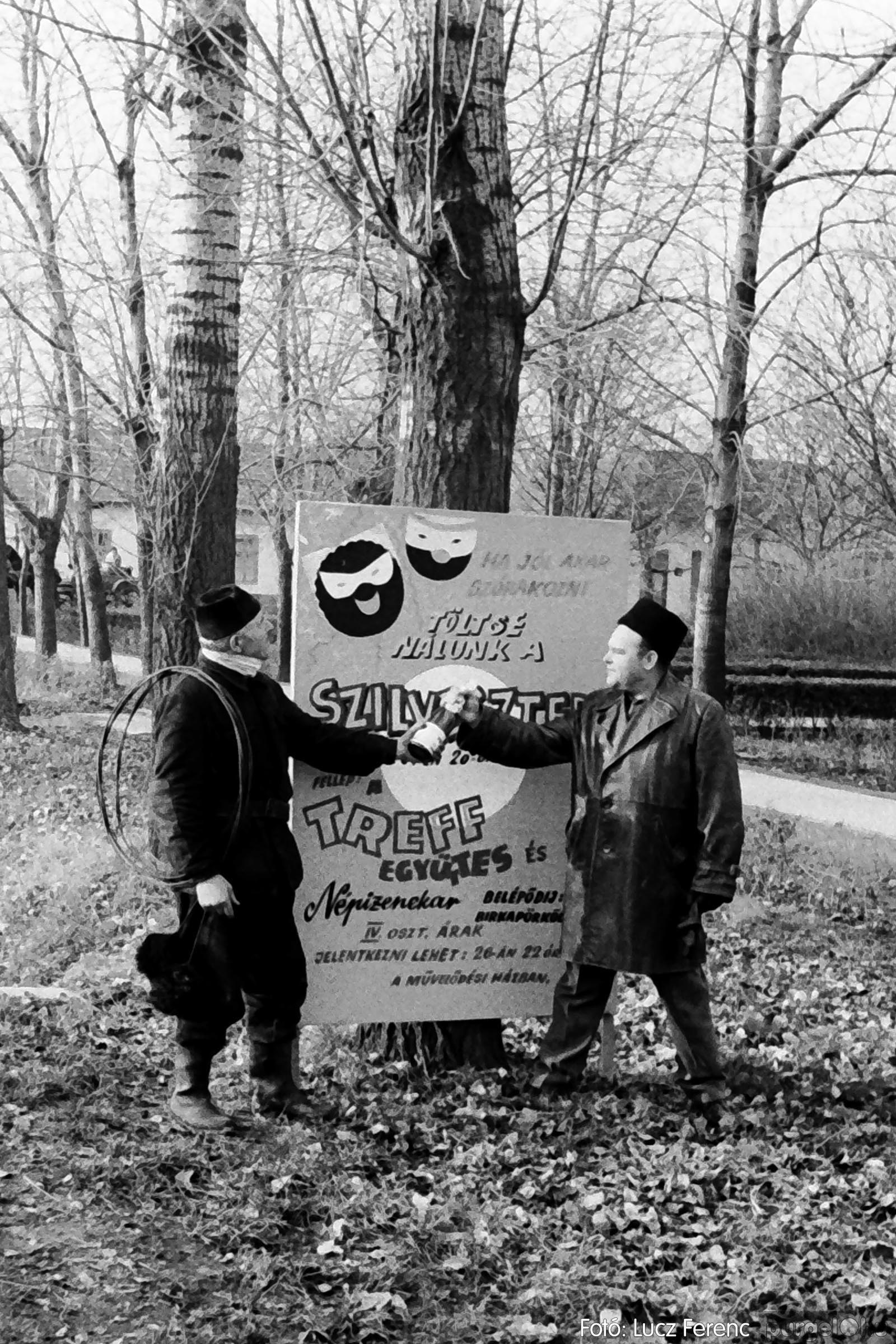 005 1974.12.31. Szilveszter 005 - Fotó: Lucz Ferenc - IMG00005q.jpg