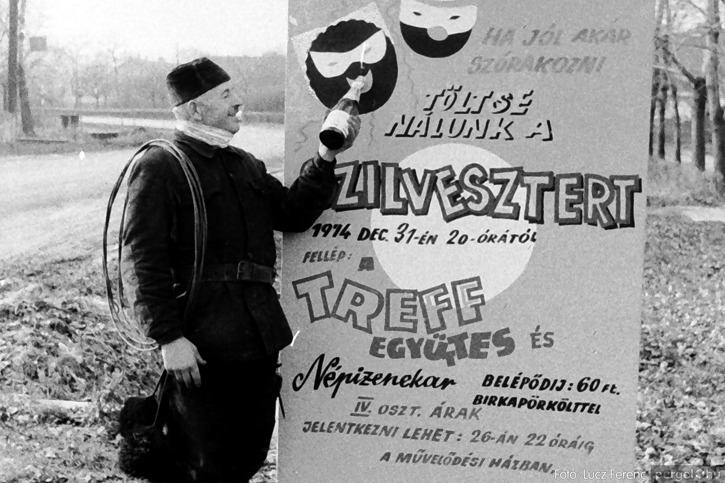 005 1974.12.31. Szilveszter 001 - Fotó: Lucz Ferenc - IMG00001q.jpg